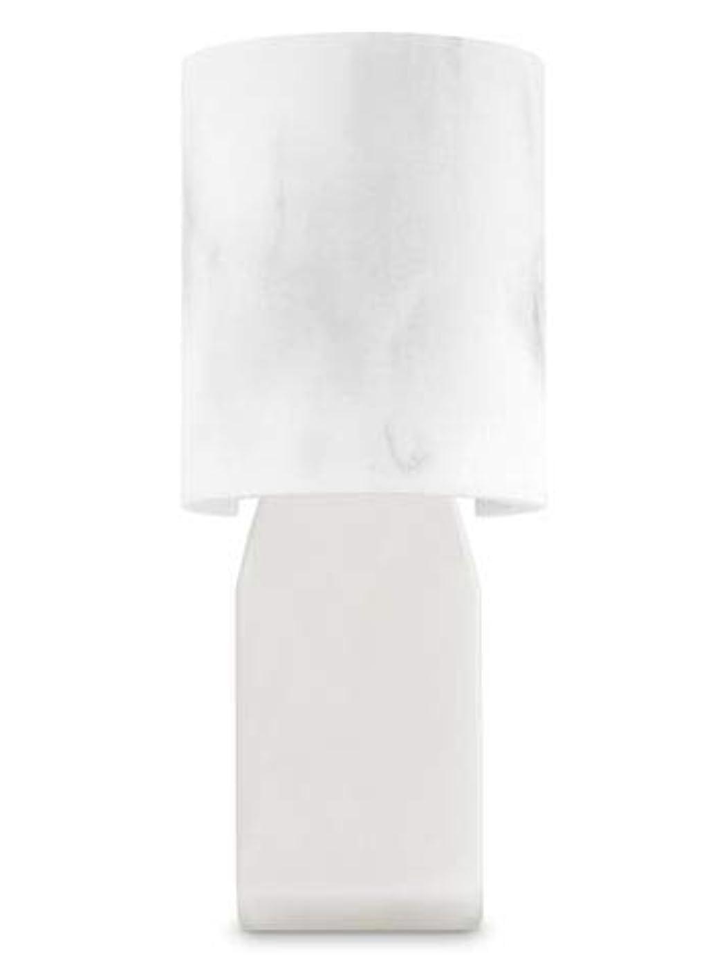木製グリッププット【Bath&Body Works/バス&ボディワークス】 ルームフレグランス プラグインスターター (本体のみ) 大理石風 Wallflowers Fragrance Plug Faux Marble [並行輸入品]