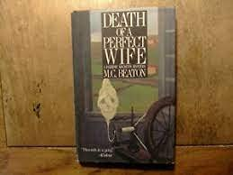 Death of a Perfect Wife (Hamish Macbeth Mysteri... 0312033222 Book Cover