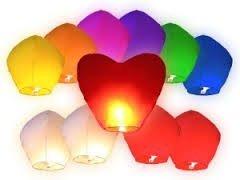 DC Lot de 12 lanternes chinoises volantes en forme de cœur Pour mariage 90 x 90 cm Différentes couleurs