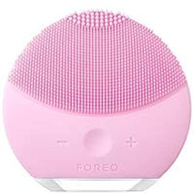 FOREO LUNA mini 2 Facial Cleansing Brush, Gentle Exfoliation and Sonic Cleansing for All Skin Types, Pearl Pink
