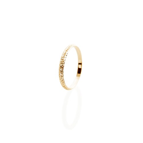 Alianza fina de oro, Anillo de oro de 9K 14K 18K, Oro amarillo, Anillo minimalista, Anillo texturizado grabado, Joyería hecha a mano, Alianza de boda para hombres y mujeres/code 0.002