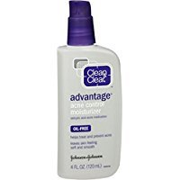 Clean & Clear Advantage Acne Control Face Moisturizer with Salicylic Acid Acne Medication, Non-Greasy Oil-Free Facial Lotion for Acne-Prone Skin, 4 fl. oz (Pack of 3)