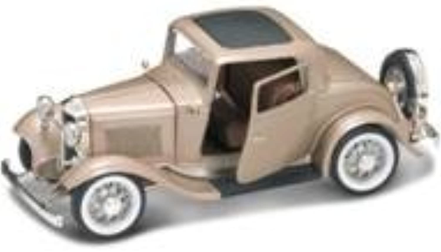 1932 Ford 3 Window Coupe gold 1 18 Diecast Car Model