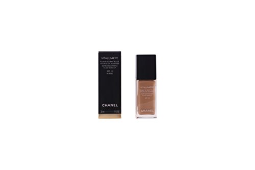 Chanel Vitalumiere Satin Smoothing Fluid Makeup SPF15 No 40 Beige 30ml