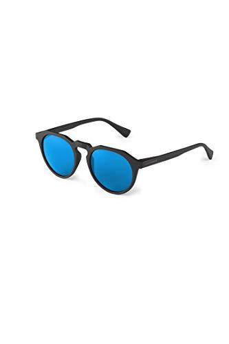 HAWKERS Gafas de Sol Warwick Carbon Black, para Hombre y Mujer, un clásico renovado Que combina Montura Mate y Lentes Efecto Espejo, Protección UV400, Negro/Azul, One Size Unisex-Adult