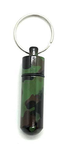 Aribari sleutelhanger Camouflage. Mini-pillendoos van aluminium. Waterdichte opbergdoos. Aluminium pillenbox voor kamperen en outdoor. Lengte 5,2 cm ø 1,4 cm. Kleur: camouflage.