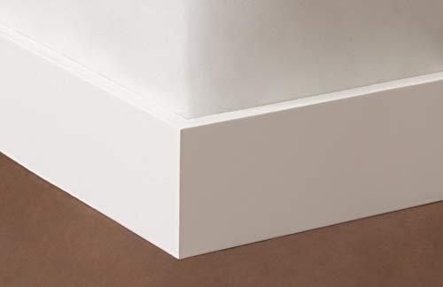 Rodapie lacado en blanco canto recto de 10cm de altura x 1,2 cm de grosor x 244cm de largo