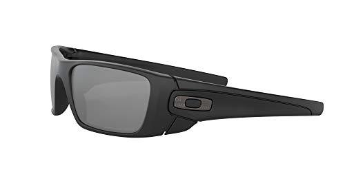 Oakley Men's OO9096 Fuel Cell Rectangular Sunglasses, Graphite Black/Black Iridium Polarized, 60 mm