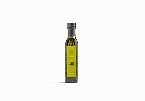 Volio Italienisches, natives Olivenöl Extra - Mit Kräutern (Rosmarin, Knoblauch) - Premium-EVOO, kaltgepresst, nativ - Frisch aus Italien - Italienische Feinkost & Delikatessen - 250 ml Flasche