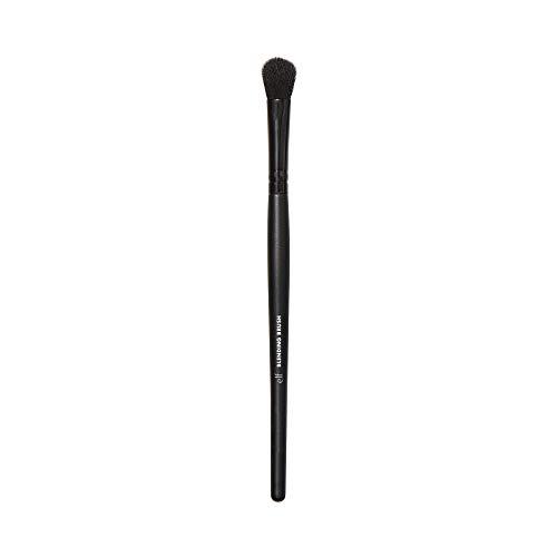 e.l.f. Blending Brush, Vegan Makeup Tool, Effortlessly Blends Eyeshadow & Concealer, For Wet & Dry Products