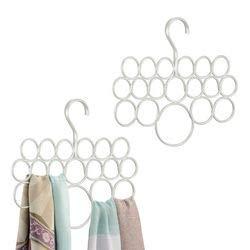 mDesign Schalhalter 2er-Set – Kleiderschrank Organizer für Tücher, Krawatten, Schals, Pashminas, Accessoires u. v. m. – Aufbewahrungssystem aus Metall mit 18 Schlaufen – Farbe: Perlmuttweiß