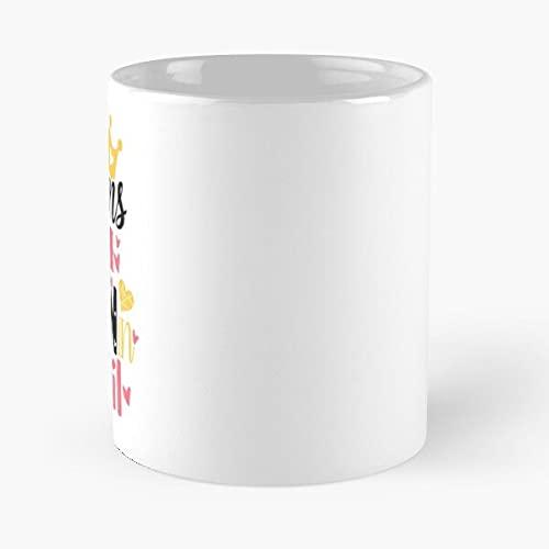 Queens are Born in April - Taza de cerámica de mármol blanco