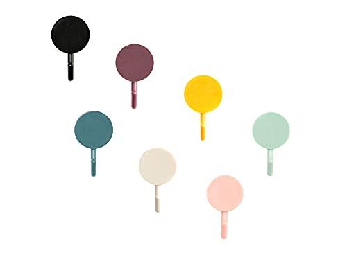 7 Ganci Adesivi Robusti Colorati Moderni. Simpatici Ganci Appendiabiti Autoadesivi Da Parete, Senza Foratura, Facili Da Installare. Ideali Come Regalo Portasciugamani, Portascope, Portachiavi