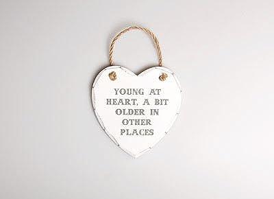 Young At Heart MirrorOutlet placa colgante del corazón