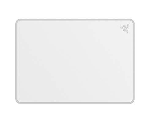 Razer Invicta Mercury –Festes Gaming Mauspad in Weiß/Silber