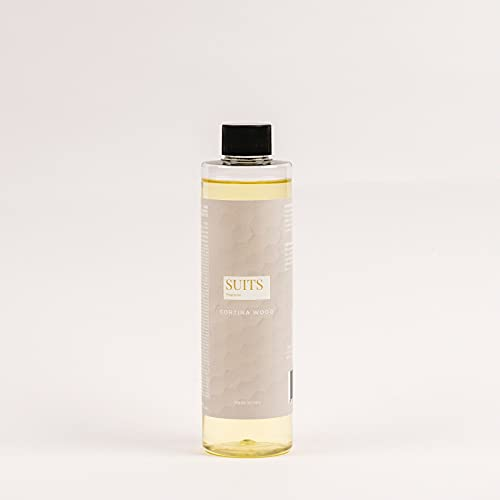 Recambio de fragancia para difusor de ambiente de varillas, 250 ml, SUITS Fragrance, cortina Wood, fragancia de canela, almendra, jengibre y naranja candida.