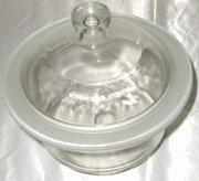 Glass Desiccator 16