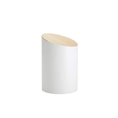 """""""今までにないエレガントなゴミ箱を""""というコンセプトで作られた、ナチュラルながらもスタイリッシュな「MOHEIM(モヘイム)」のゴミ箱。不必要な要素を限界まで無くすことで、美しさが際立つデザインに仕上がりました。"""