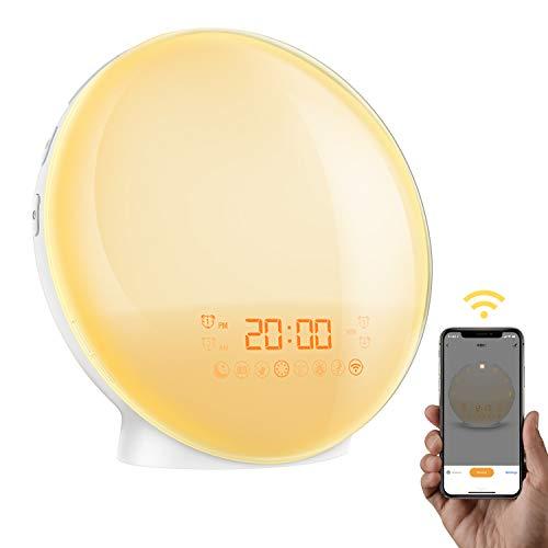 AMIR 【App Kontrolle】 Smart Wake-Up Light, Lichtwecker mit 4 Alarm & Snooze Funktion, Radiowecker, Wake Up Licht mit Sonnenaufgang Simulation, 7 Farben, 8 Alarmtone, FM Radio, Handy USB Ladefunktion