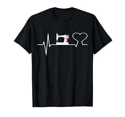 Costurera del coraz de la máquina de coser de las costureras Camiseta
