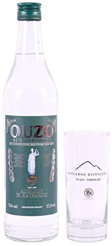 OUZO Tirnavos green 0,7l Flasche 37,5{8a1462286299395f159dcdf21ce50fb015112a87c2ff502c12a7c42dcb948822} + 1 Original Glas   Aus der ältesten Ouzo Destillerie der Welt   Katsaros Distillery seit 1856   Milder Ouzo (1x 0,7l + 1 Glas)