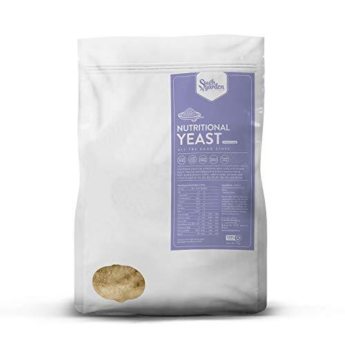 Levure Nutritionnelle Premium en flocons - 1 Kg | SOUTH GARDEN | Toutes les Vitamines B | 46% Protéines | Vegan | Sans Gluten | Sans Lactose | Sans sucres ajoutés