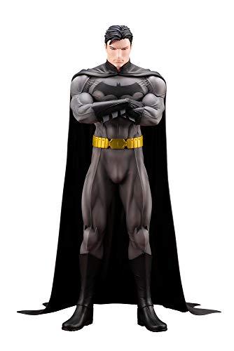 De Kotobukiya. Basado en el arte del ilustrador japonés DC Comics Ricken! La escultura detallada de Naoya Mutou hace justicia completa el arte de Ricken. Viene con una cabeza intercambiable que le permite mostrarlo en su forma de héroe enmascarado. A...