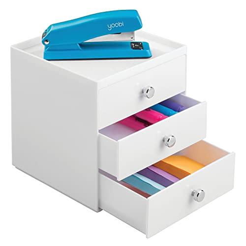 mDesign skrivbordslådor organisatör med 3 breda lådor – perfekt för kontorsmaterial eller kosmetika – rymlig och solid plast skrivbordsförvaring för brevpapper – praktiskt skrivbord prydligt – vit