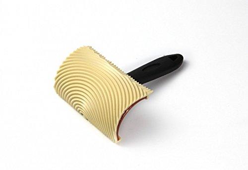 Taco veteador de caucho 10 cms con mango profesional. Ideal para imitar las vetas de la madera en superficies lisas. Envío GRATIS 24 h.