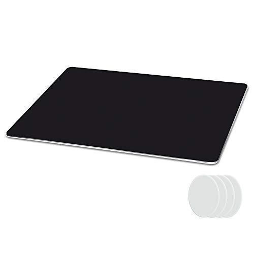 Metaku Mauspad Aluminium Gaming Mousepad rutschfest Büro Mouse Pad Klein Größ Wasserdicht Mausunterlage mit Speziellen Oberfläche Verbessert Geschwindigkeit und Präzision (Schwarz, 21,5x18x0,2cm)