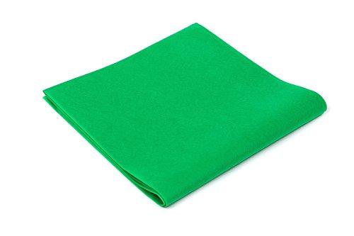 Tovaglie TNT - Formato cm. 100x100 - Confezione da 25 tovaglie in Tessuto Non Tessuto - Colore Verde Smeraldo - Ideali per ristoranti, pizzerie, alberghi e trattorie