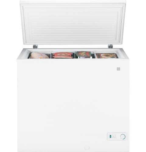 GE FCM7SUWW 7.0 Cu. Ft. White Chest Freezer