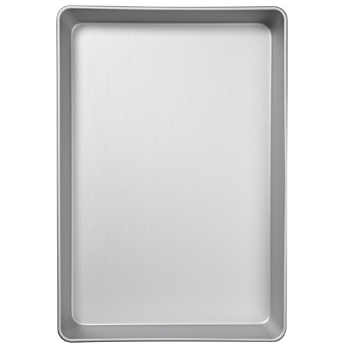 13-Inch by 9-Inch WINCO HRCP-1309 Rectangular Non-Stick Cake Pan Aluminized Steel Winco USA