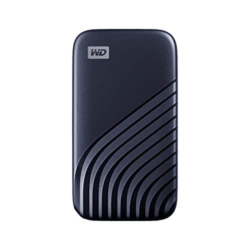 WD My Passport SSD 1 To - Disque SSD externe avec technologie NVMe, USB-C, vitesses de lecture jusqu'à 1050 Mo / s et vitesses d'écriture jusqu'à 1000 Mo / s - Bleu nuit