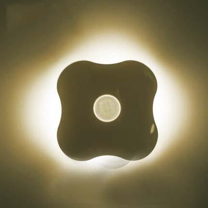 SUNNIOR Clover luci del sensore per il corpo / batteria della luce di notte del LED / luci intelligenti a comando vocale spia di controllo a muro con 6 LED per ingresso, camera, baby room, studio, all'aperto, armadio etc.(giallo)
