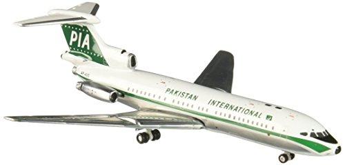 Daron Worldwide n-gociation GJ768 G-meaux Pakistan International Trident 1E 1/400
