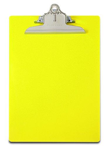Saunders 21673 Klemmbrett Safety für DIN A4, Signalfarbe neongelb, extra starke und breite Klemme, stabile Schreibplatte aus durchscheinendem Vollkunststoff mit cm und Inch-Skala, Hängeclip, abgerunde