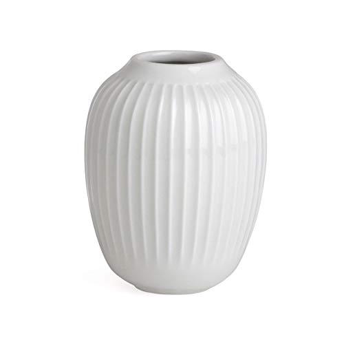 Hak Kähler Hammershoi Vase aus Porzellan mit Rillen, Moderne Vase, rund, bauchige, skandinavisches Design Vase für Blumen, Weiss, 10.5cm
