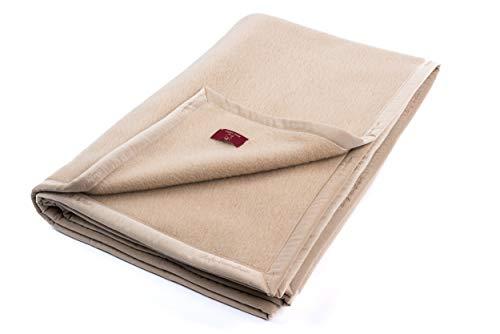 """Ritter Decken Kamelhaardecke """"Maharani 150 x 200 cm Creme (ungefärbt) aus 100% Kamelhaar (Natur) weich. Wolldecke aus eigener Herstellung. Geeignet als Wohndecke, Kuscheldecke und Tagesdecke."""