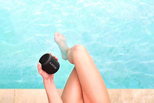 Sony SRS-XB12 Bluetooth Lautsprecher (tragbar, kabellos, Extra Bass, wasserabweisend, Freisprechfunktion für Anrufe) schwarz