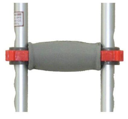 アルミ松葉杖レッドドットクラッチ大(2本1組耐荷重136kg)
