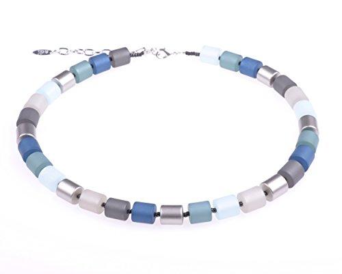 """Adi Modeschmuck Elegante Kette """"Bärbel"""" aus Polaris- und lackierten Acrylzylindern, hellblau/blau/grau Mix mit silbernen Akzenten. Handgefertigt Berlin."""