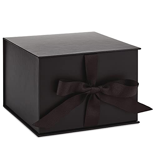 """Hallmark 7"""" Large Black Gift Box with Lid and Shredded Paper Fill for Christmas, Hanukkah, Fathers Day, Graduations, Weddings, Birthdays, Grooms Gifts, Engagements"""
