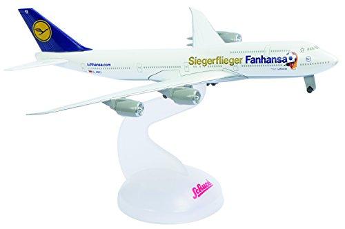 Schuco 403551642 - Lufthansa Boing 747-8 Fanhansa Siegerflieger