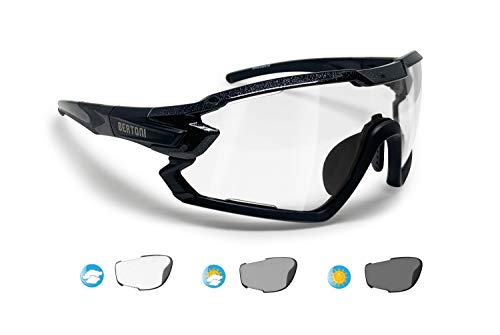 BERTONI Fahrradbrille Sport Sonnenbrille Radbrille MTB mit Sehstärke für Brillenträger mod. QUASAR (Schwartz/Selbsttönende)