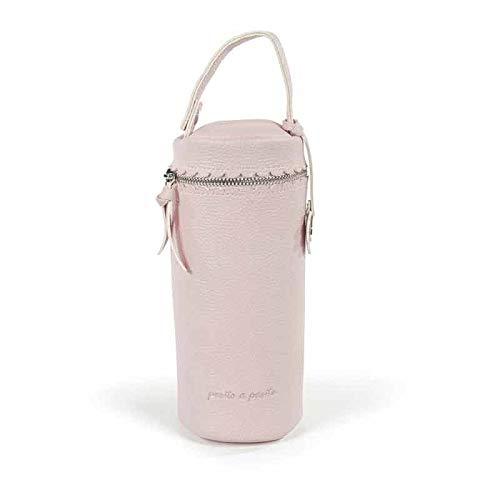Pasito a Pasito. Funda Biberón de Bebé Biscuit. Conserva más tiempo la temperatura. Asa de mano con broche para colgar en carro o bolsa de maternidad. Color Rosa. Medidas: 9 x 23 X 9cm.
