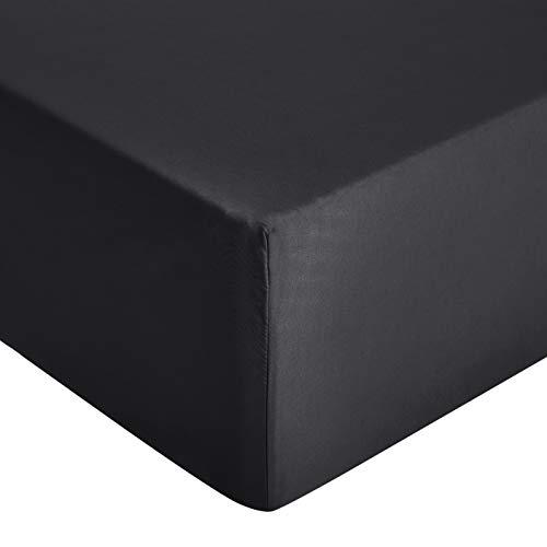 Amazon Basics - Lenzuolo con angoli in microfibra di prima qualità, 90 x 200 x 30 cm, nero