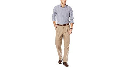 Dockers Men's Signature Khaki Classic-Fit Pleated Pant, Timberwolf - 29W x 30L