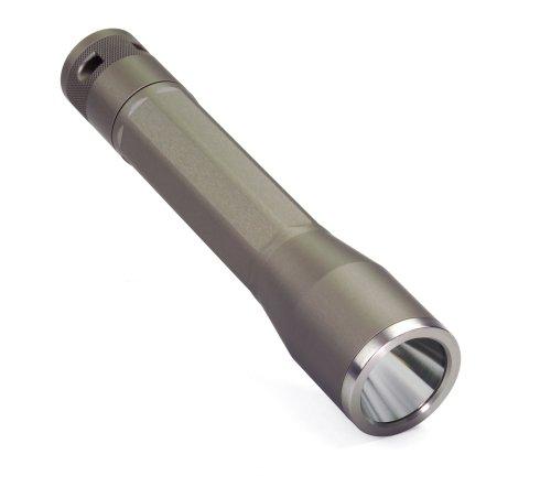 Inova XO3 Lampe torche LED blanche Corps en titane Emballage rigide
