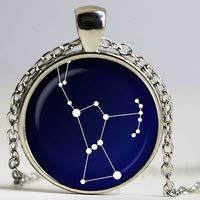 Huang Glass art Orion Sternbild Glasanhänger Night Sky Halskette Sterne, Astronomie, Raumschmuck, Glas-Cabochon-Anhänger, versilbert